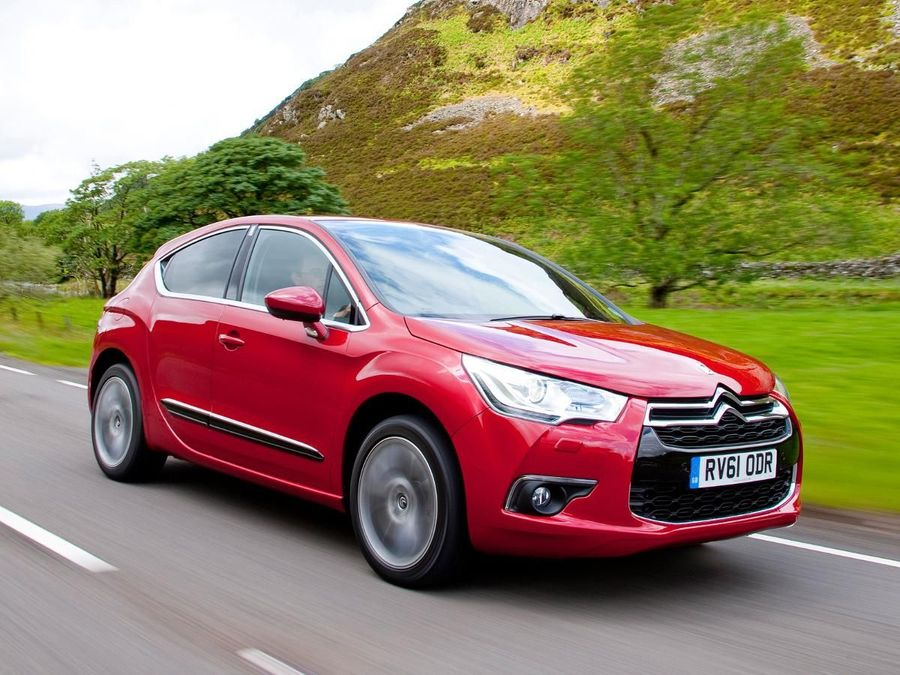 citroen ds4 hatchback 2011 review auto trader uk. Black Bedroom Furniture Sets. Home Design Ideas