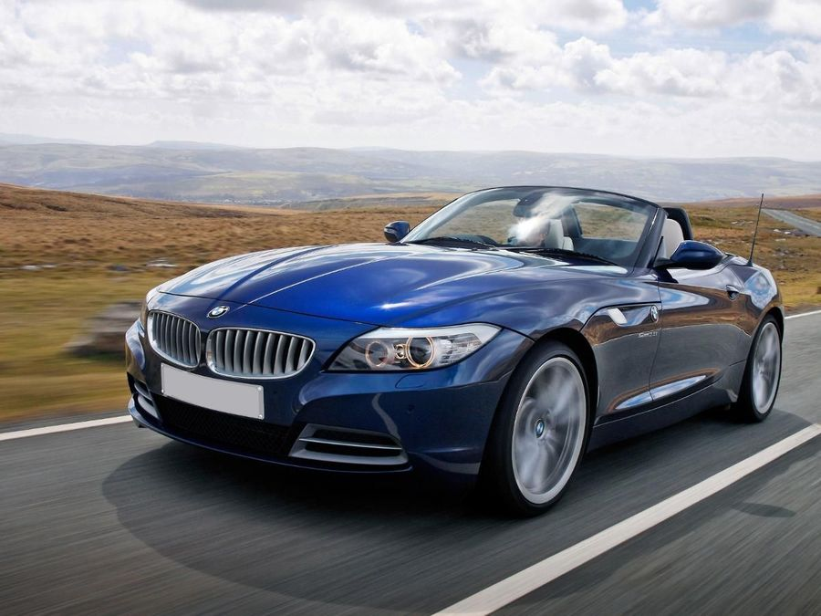 bmw z4 convertible 2009 review auto trader uk. Black Bedroom Furniture Sets. Home Design Ideas