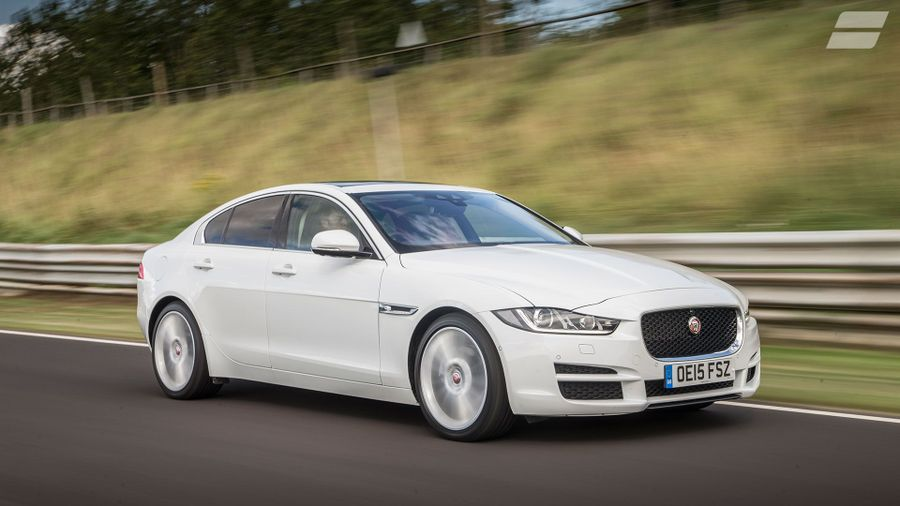 jaguar xe saloon 2015 review auto trader uk. Black Bedroom Furniture Sets. Home Design Ideas