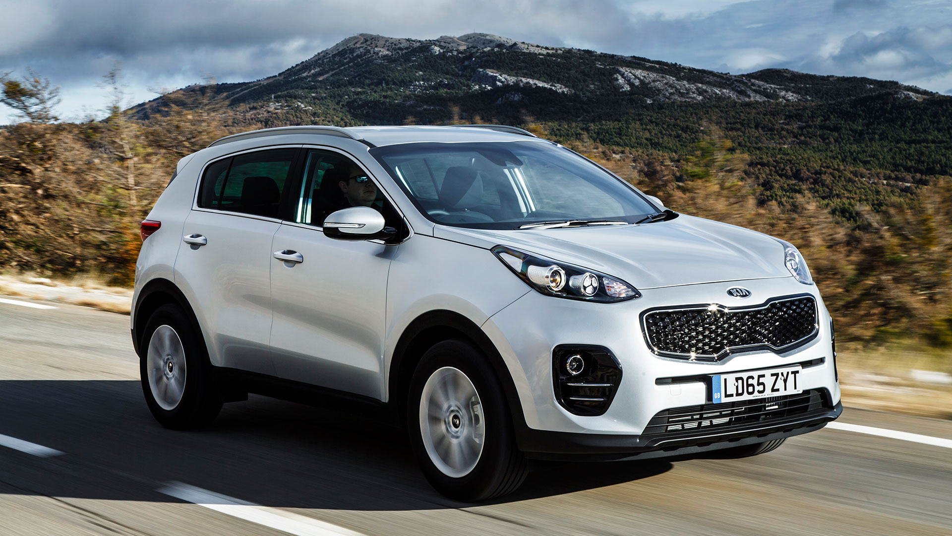 s original kia driver and reviews in page sportage review depth model car exterior photo