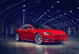 Tesla Model S Saloon 2016 on