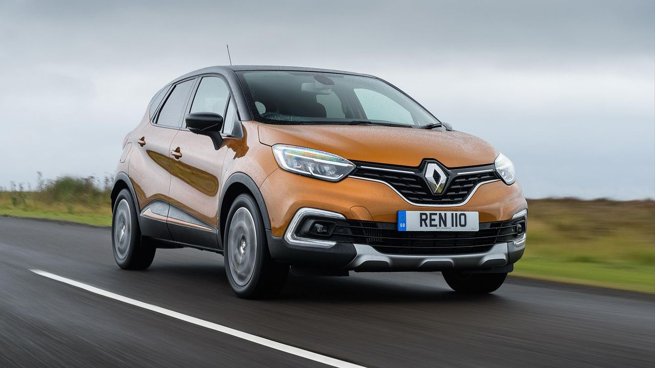 renault captur suv 2017 review auto trader uk. Black Bedroom Furniture Sets. Home Design Ideas
