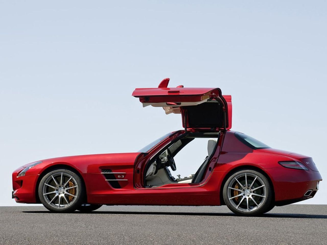 Mercedes SLS AMG coupe