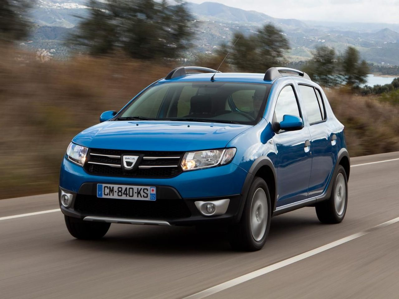 dacia sandero stepway hatchback 2013 2016 mk 1 review auto trader uk. Black Bedroom Furniture Sets. Home Design Ideas