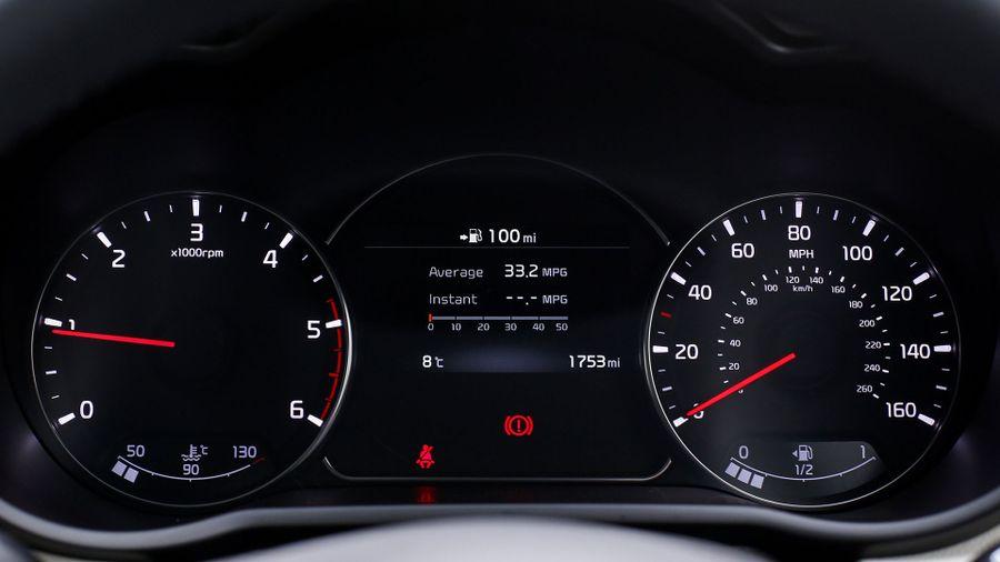 2016 Kia Carens running costs