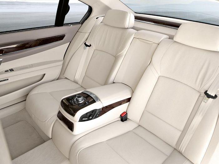 BMW 7 Series Saloon 2008