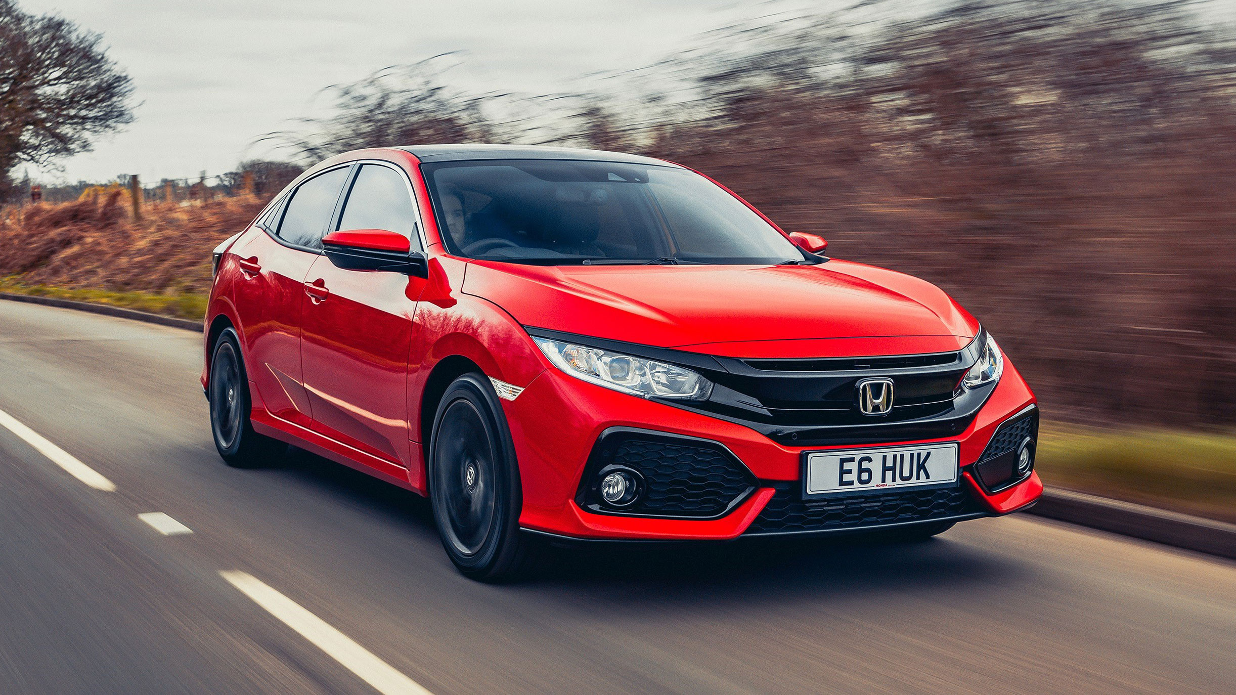 Honda civic hatchback 2016 review auto trader uk for Honda car app
