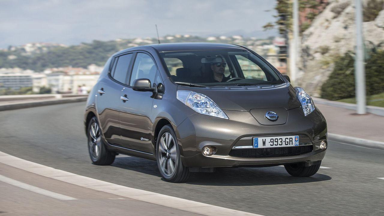 Nissan Leaf handling