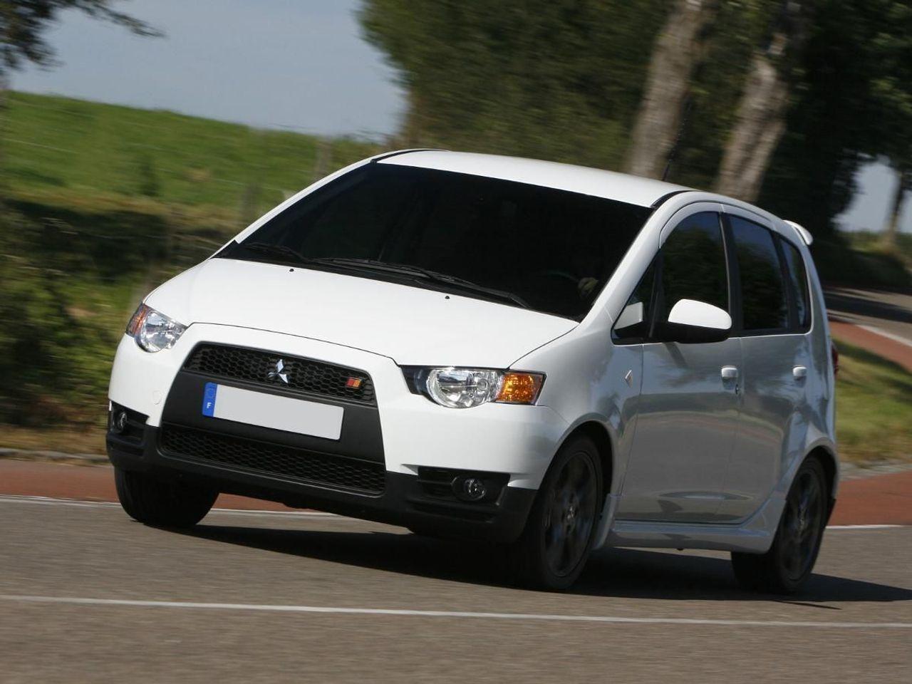 Mitsubishi Colt Hatchback (2008 - 2013) review | Auto ...