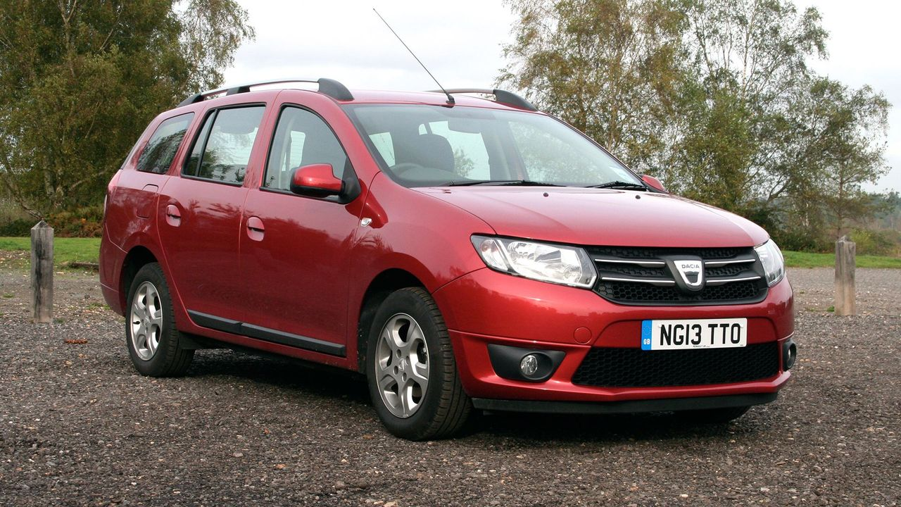 dacia logan mcv estate 2013 2016 mk 1 review auto trader uk. Black Bedroom Furniture Sets. Home Design Ideas