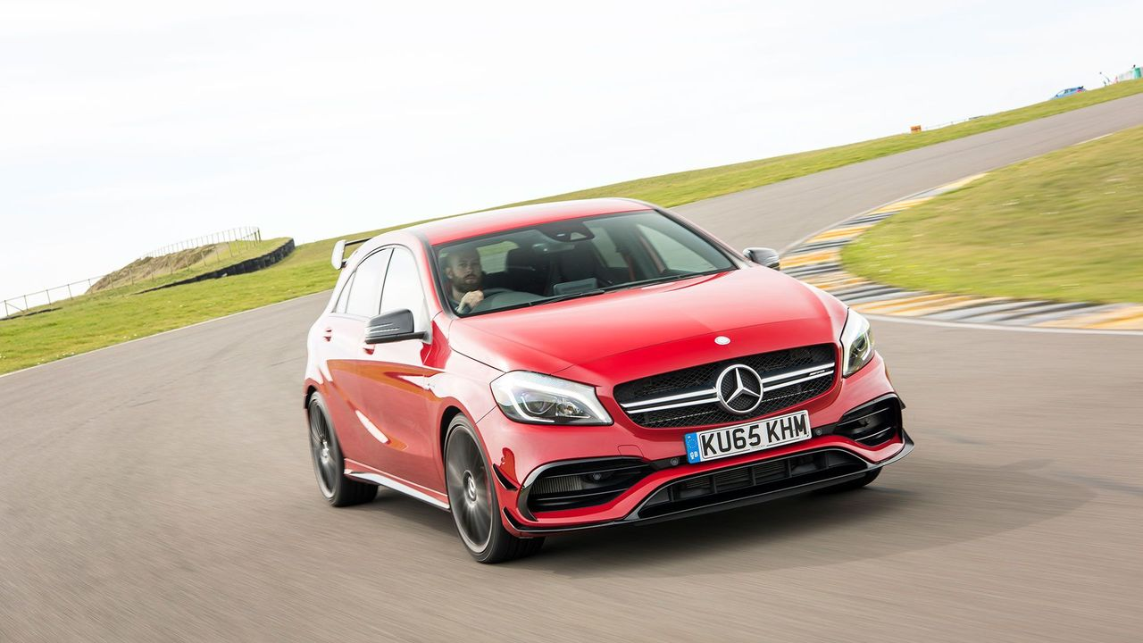 2016 Mercedes A45 AMG 4Matic circuit