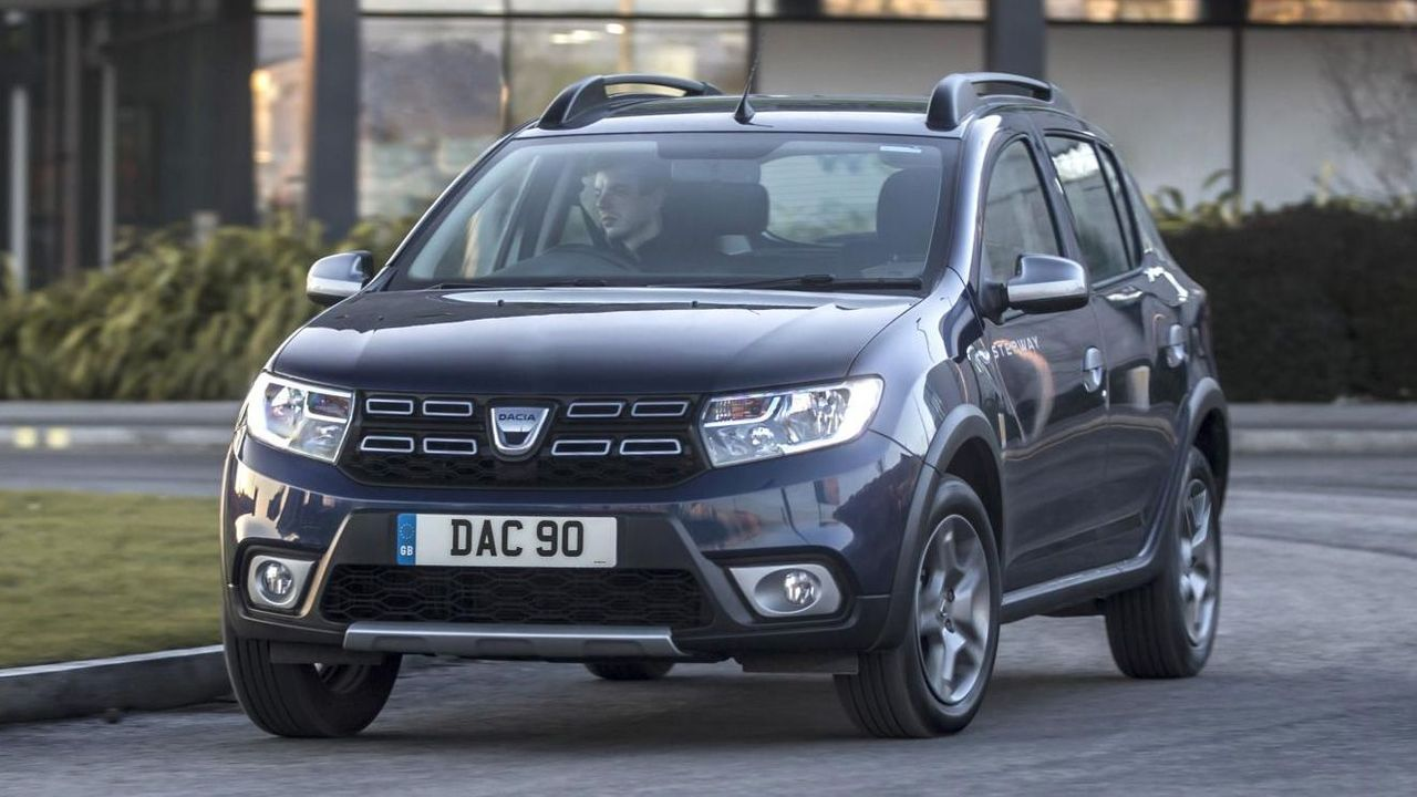 dacia sandero stepway suv 2016 review auto trader uk. Black Bedroom Furniture Sets. Home Design Ideas
