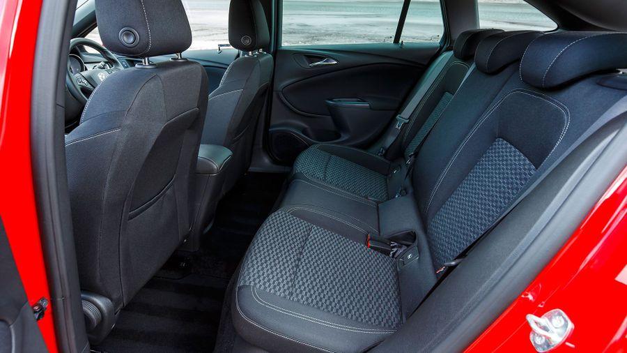2016 Vauxhall Astra Sports Tourer versatility