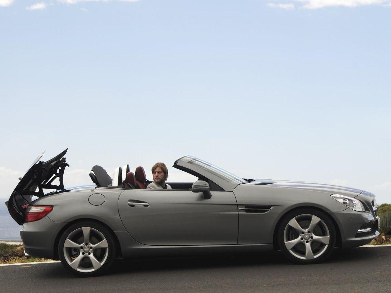 Mercedes SLK-Class Roadster convertible