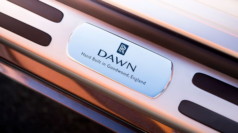 2015 Rolls-Royce Dawn