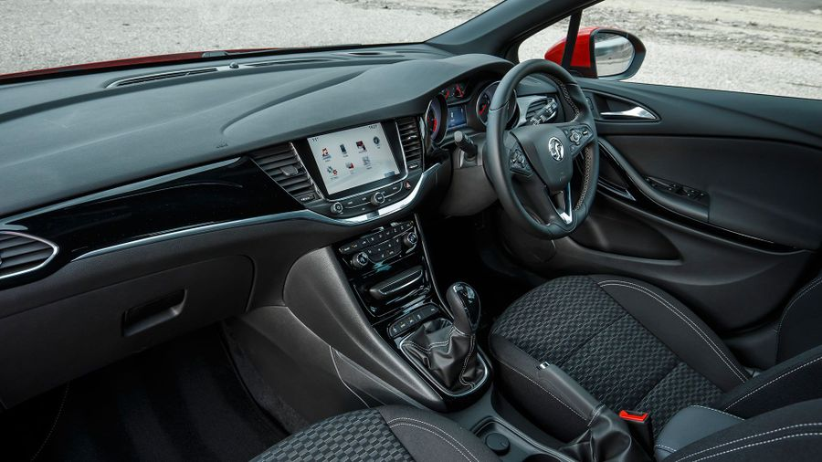 2016 Vauxhall Astra Sports Tourer equipment