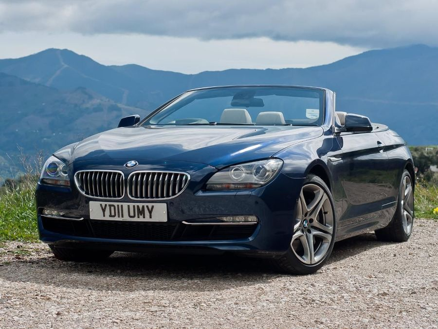 BMW Series Convertible Review Auto Trader UK - 2011 bmw 650i convertible for sale