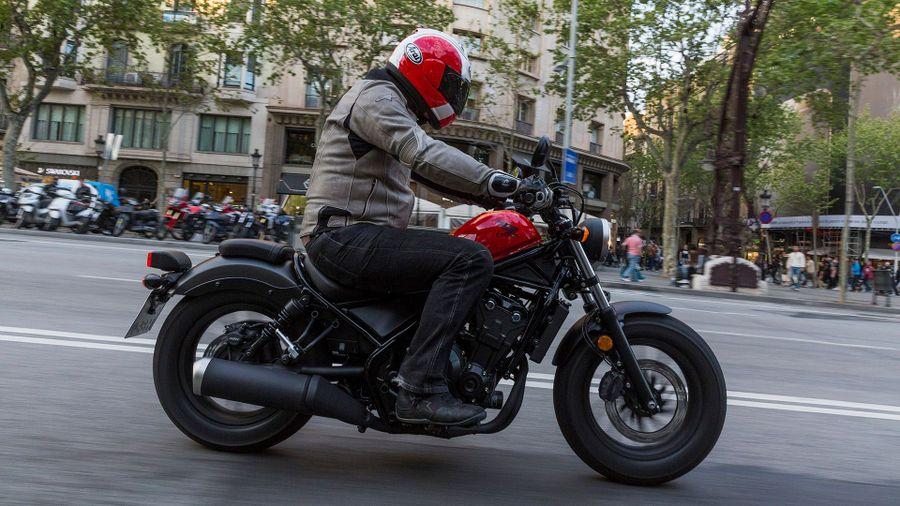 Honda CMX500 Rebel roadster/cruiser