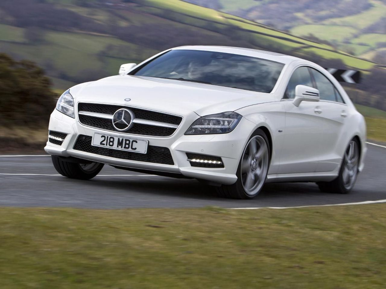 Mercedes benz cls coupe 2014 review auto trader uk for Auto trader mercedes benz