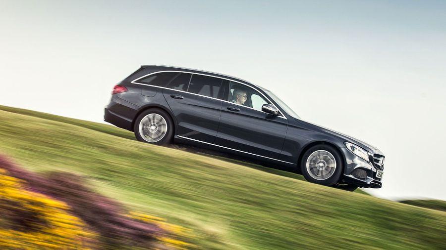 New mercedes benz c class estate review deals auto for Mercedes benz c300 residual value