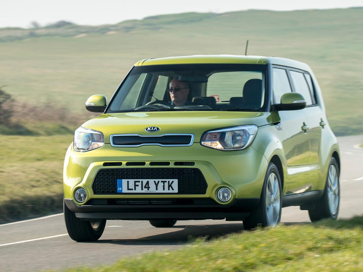 used kia soul cars for sale on auto trader uk. Black Bedroom Furniture Sets. Home Design Ideas