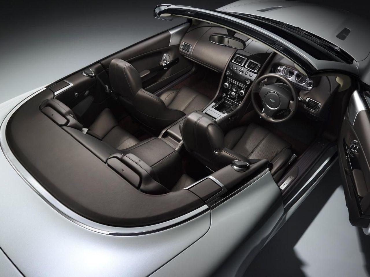 Aston Martin DB9 Volante convertible