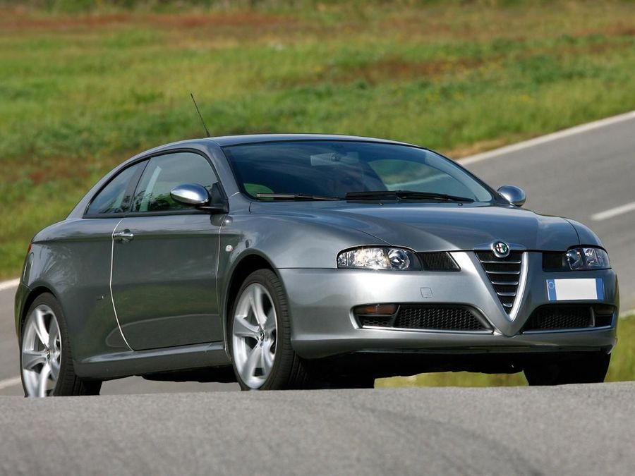 alfa romeo gt coupe (2004 – 2010) review | auto trader uk