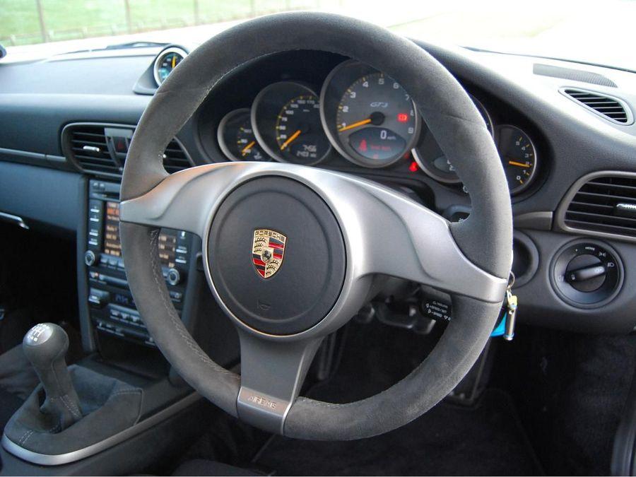 Porsche 911 GT3 coupe