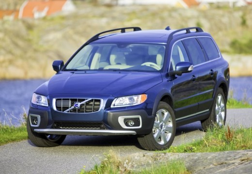 used volvo xc70 cars for sale on auto trader uk. Black Bedroom Furniture Sets. Home Design Ideas