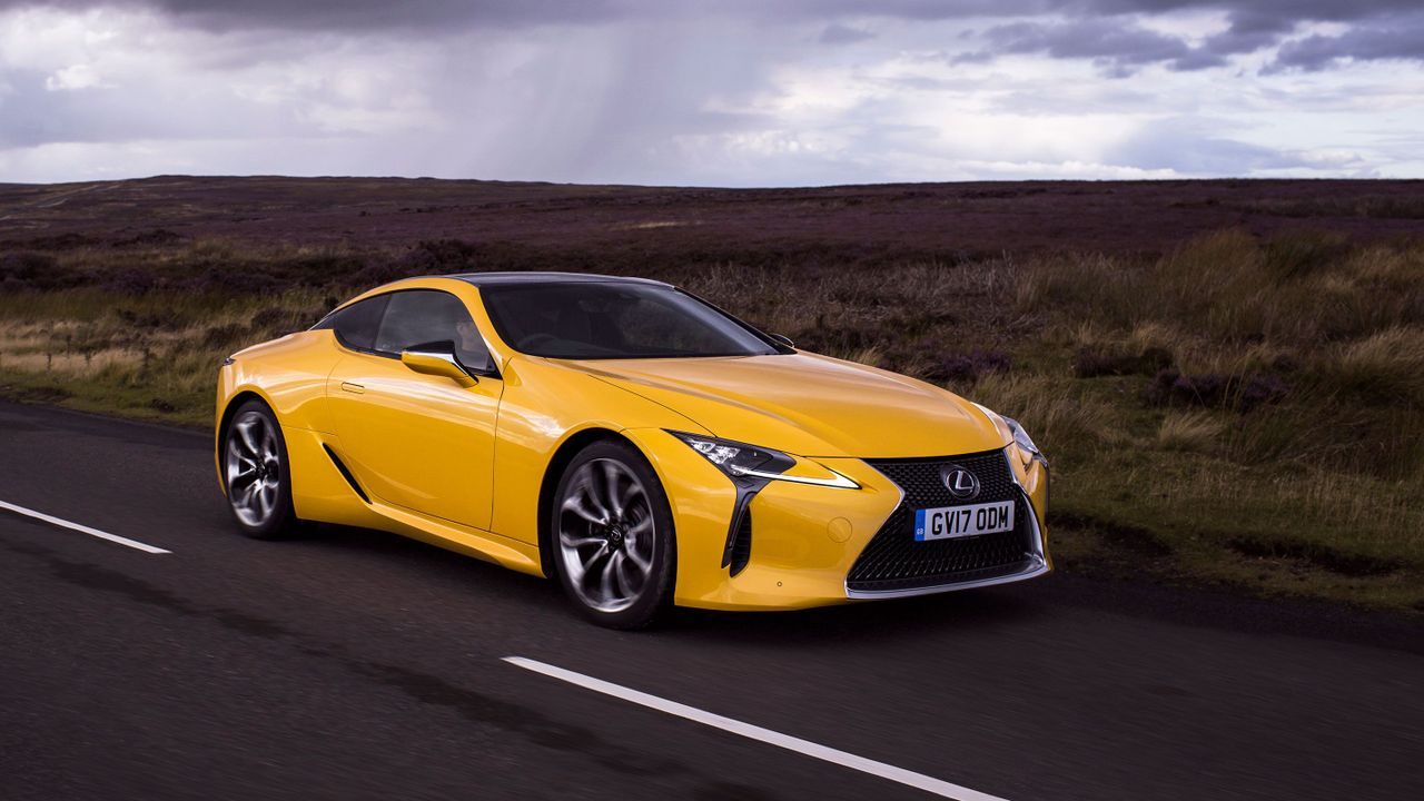 lexus lc 500 coupe 2017 review auto trader uk. Black Bedroom Furniture Sets. Home Design Ideas