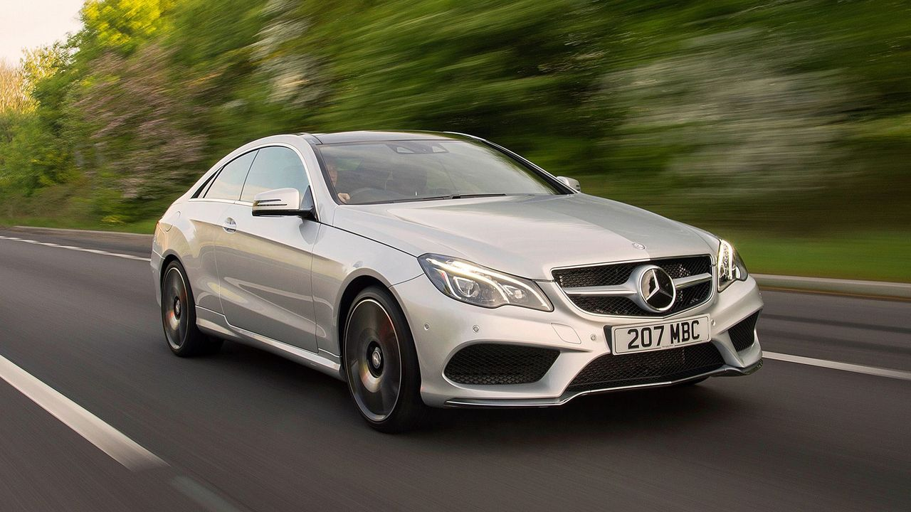 Mercedes benz e class coupe 2013 review auto trader uk for Pay mercedes benz online