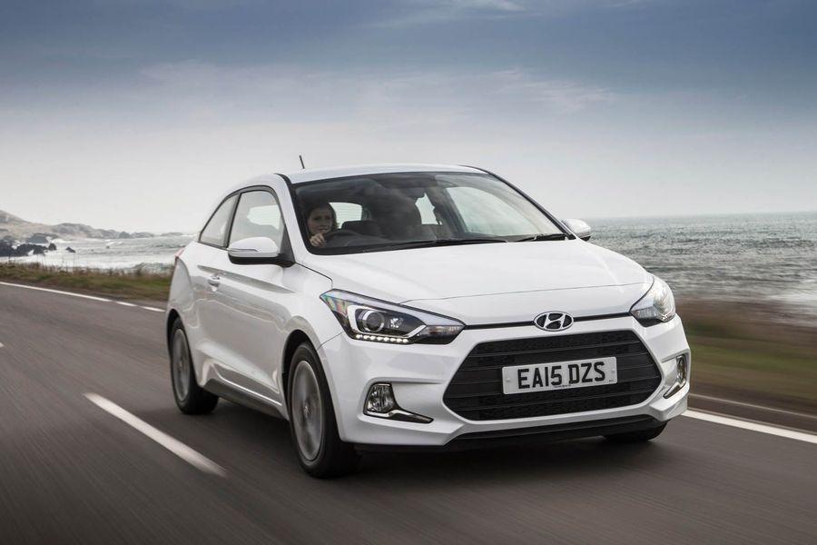 2015 Hyundai i20 Coupe front